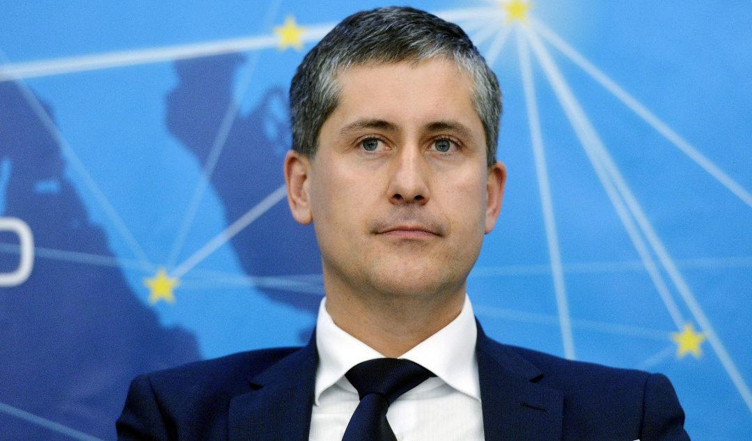 Egy év múlva jöhet a nagy alku az új EU-büdzséről, 2021 első feléig kell várni az új magyar pályázatokra – vázolta a középtávú kilátásokat a Világgazdaságnak Essősy Zsombor.